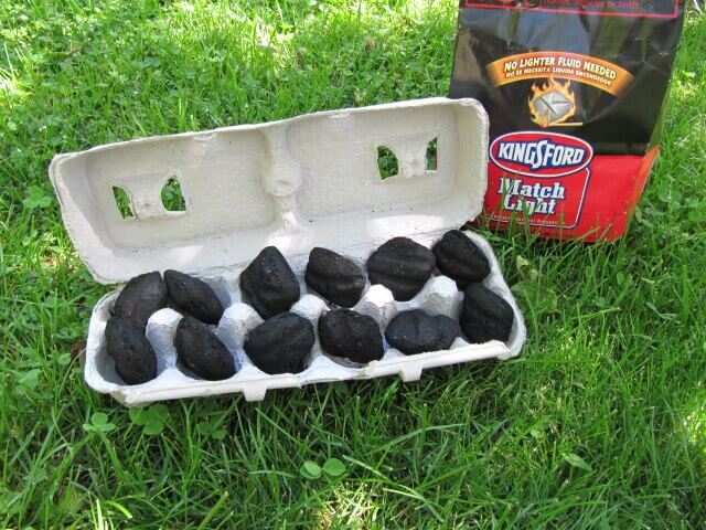 Store Charcoal In Egg Cartons For Camping Trips