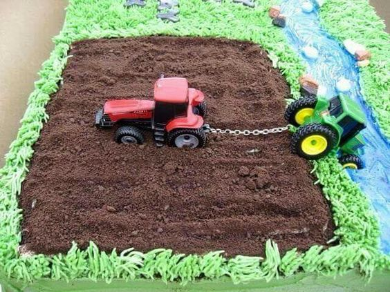 Tractor Pull Cake