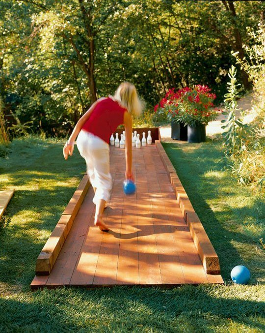 DIY Backyard Bowling...these are the BEST Outdoor Game Ideas for Kids & Adults!