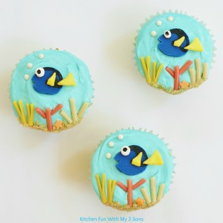 Easy Finding Dory Cupcakes