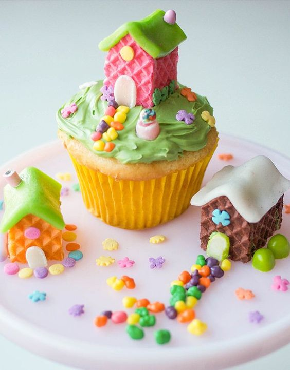 Wafer Cookie Fairy House Cupcakes...these are the BEST Cupcake Ideas!