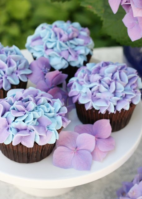 Hydrangea Cupcakes These Are The Best Cupcake Ideas