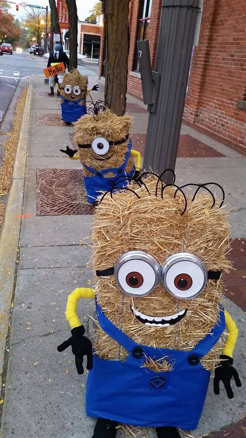 Minion Hay Bales for Fall!