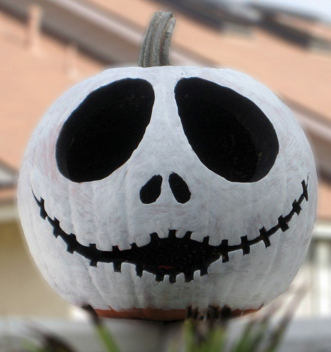 50 of the best pumpkin decorating ideas kitchen fun - Jack skellington decorations halloween ...