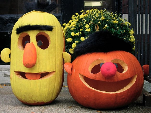 Ernie & Bert Pumpkins...these are the BEST Halloween Decorated & Carved Pumpkin Ideas!