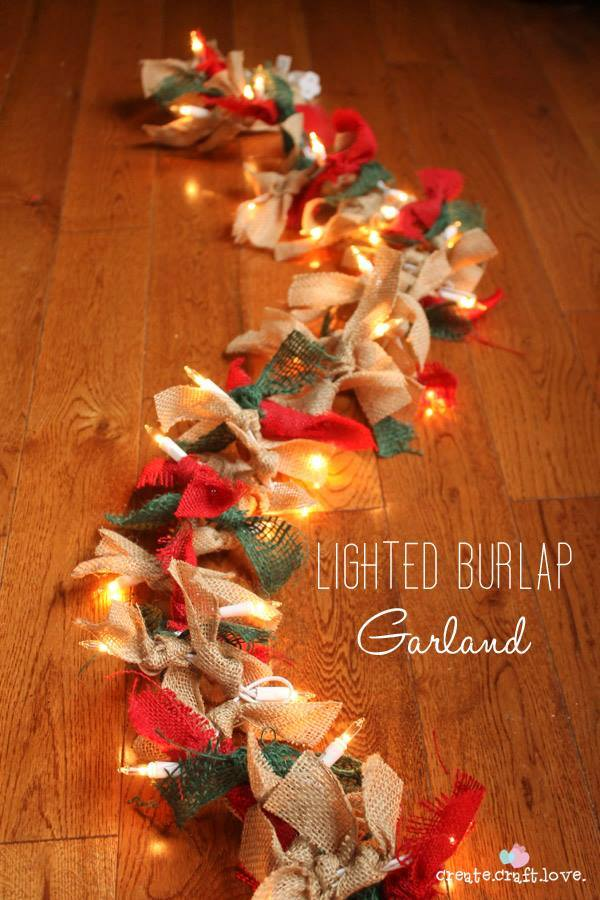 DIY Lighted Burlap Garland...these are the BEST Christmas Decorating & Craft Ideas!