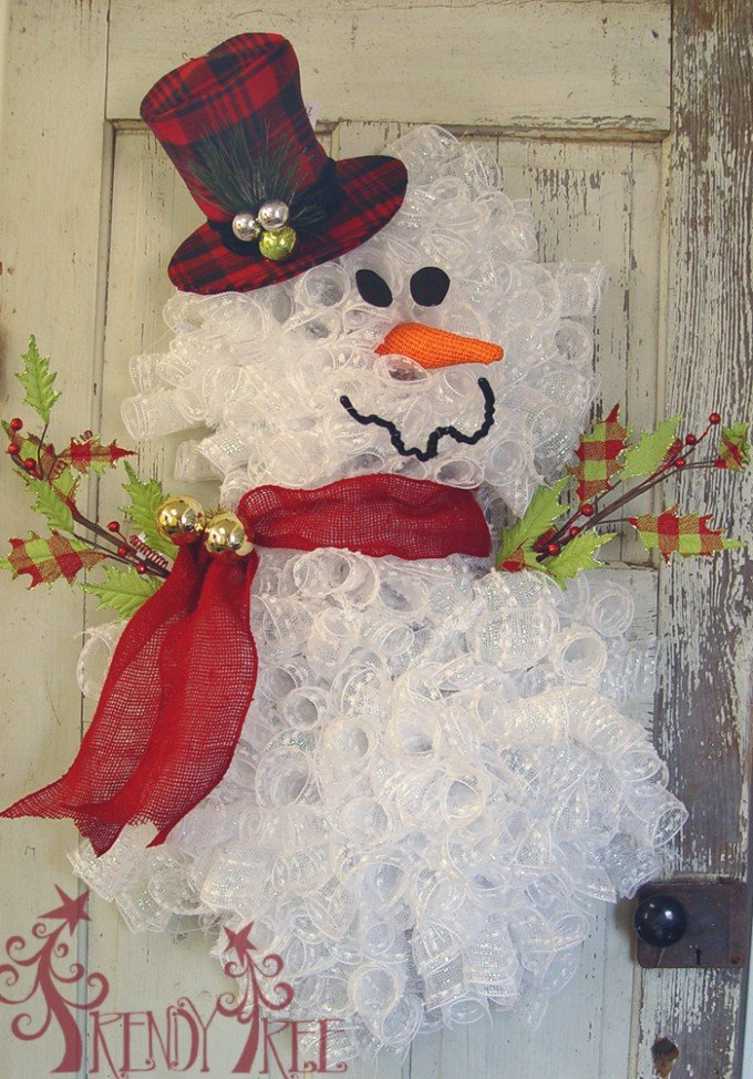 homemade snowman wreaththese are the best diy christmas decorations craft ideas - Christmas Decoration Ideas 2016