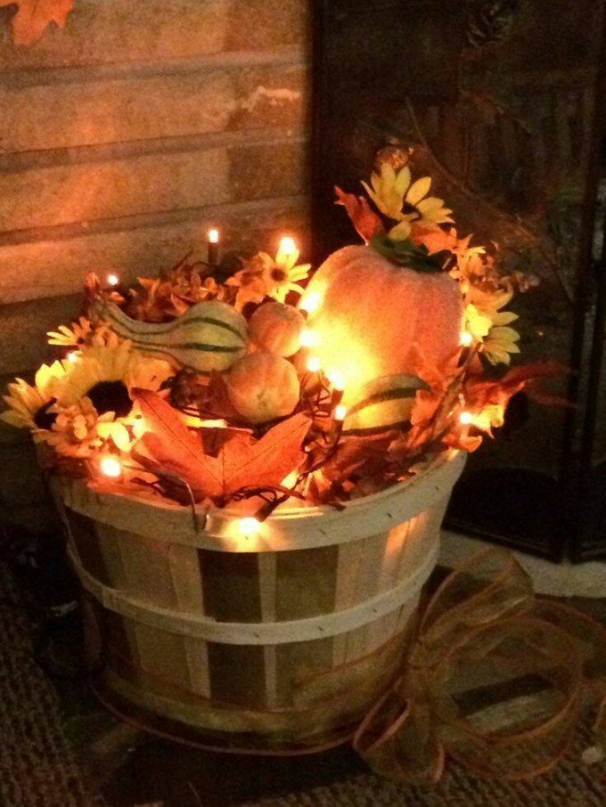fill a basket with leaves christmas lightsthese are the best diy - Diy Fall Decor