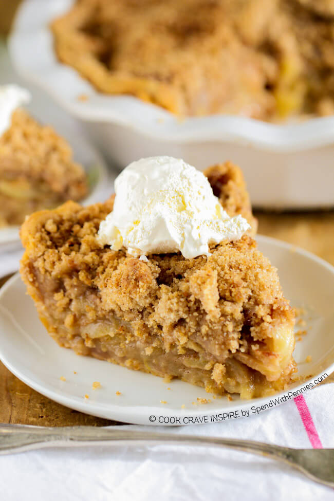 The BEST Apple Crunch Pie...these are the BEST Fall Dessert Recipes!