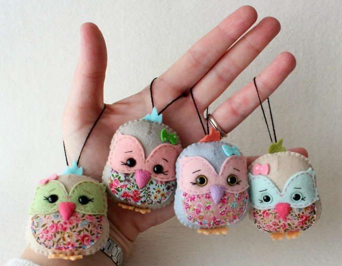 DIY Owl Felt Ornaments...these are the BEST Homemade Ornament Ideas for Christmas
