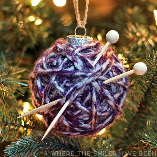 Yarn Ball Ornament....these are the BEST Christmas Ornament Ideas!