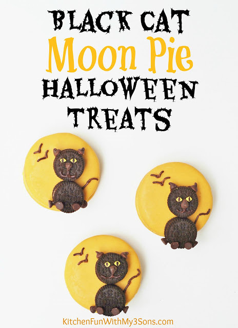 Halloween Black Cat Moon Pies!