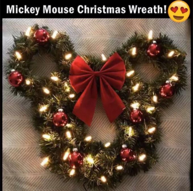 Mickey Mouse Wreath with Lights