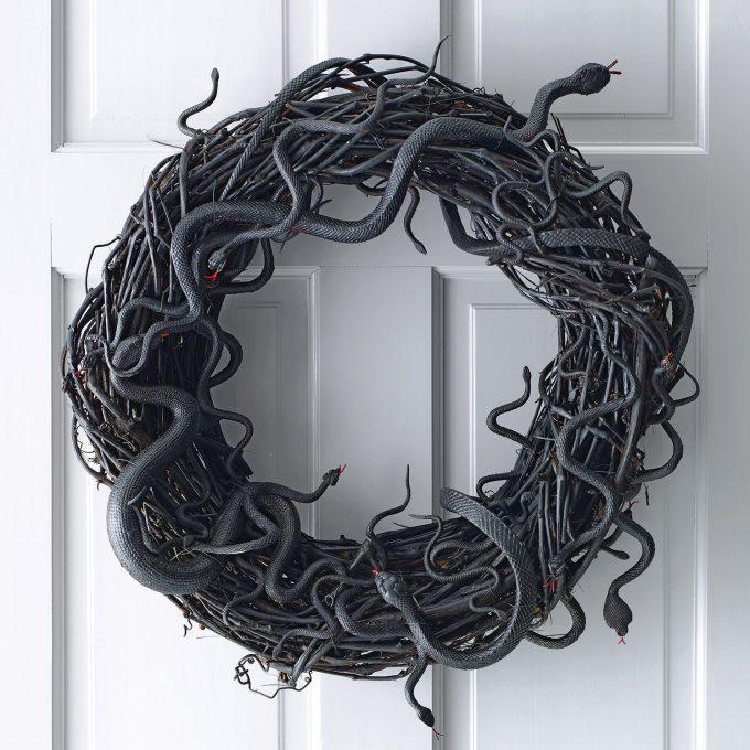 DIY Snake Wreath for Halloween
