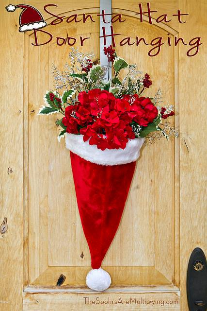Santa Hat Wall Hanging...these are the BEST DIY Christmas Wreath Ideas!