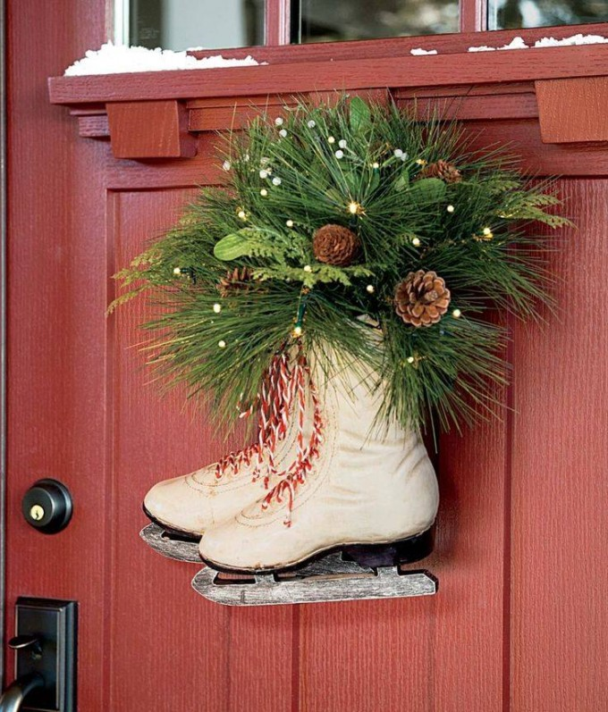 Ice Skates Christmas Wreath...these are the BEST DIY Christmas Wreath Ideas!