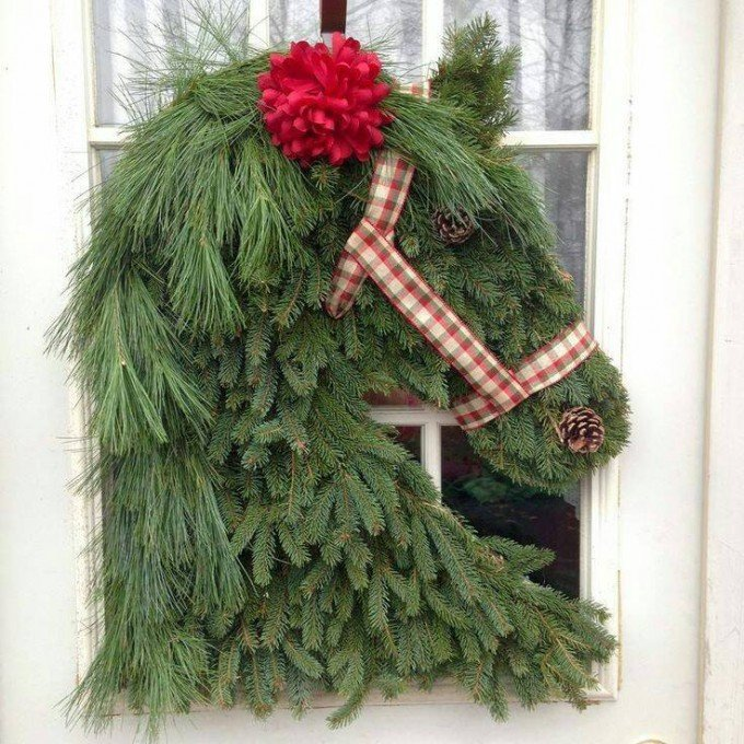 30 of the best diy christmas wreath ideas kitchen fun for How to make christmas door wreaths