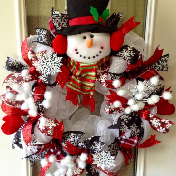 snowman wreaththese are the best diy christmas wreath ideas
