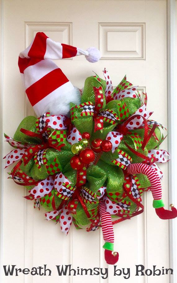 Deco Elf Costume...these are the BEST Christmas Wreath Ideas!