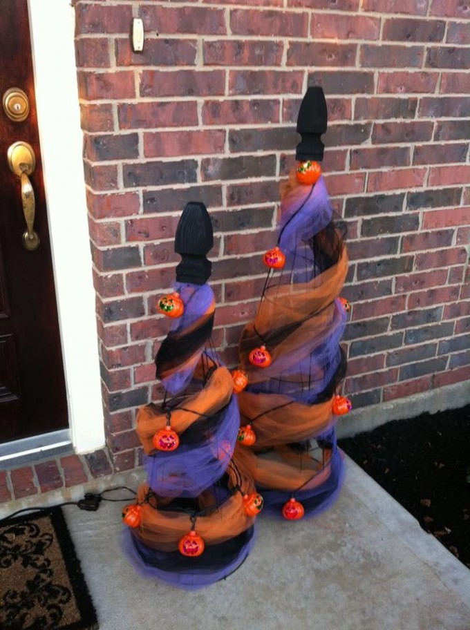 Halloween Porch Trees...these are the BEST Homemade Halloween Decorations & Craft Ideas