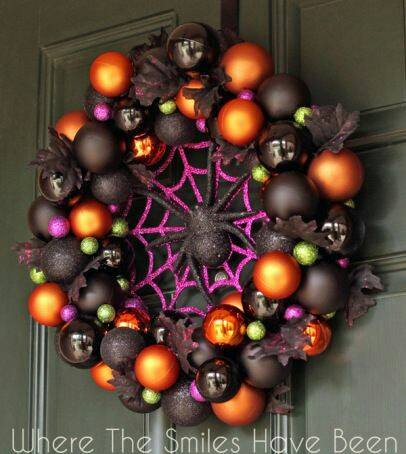halloween spider wreaththese are the best homemade halloween decorations craft ideas - Halloween Christmas Decorations