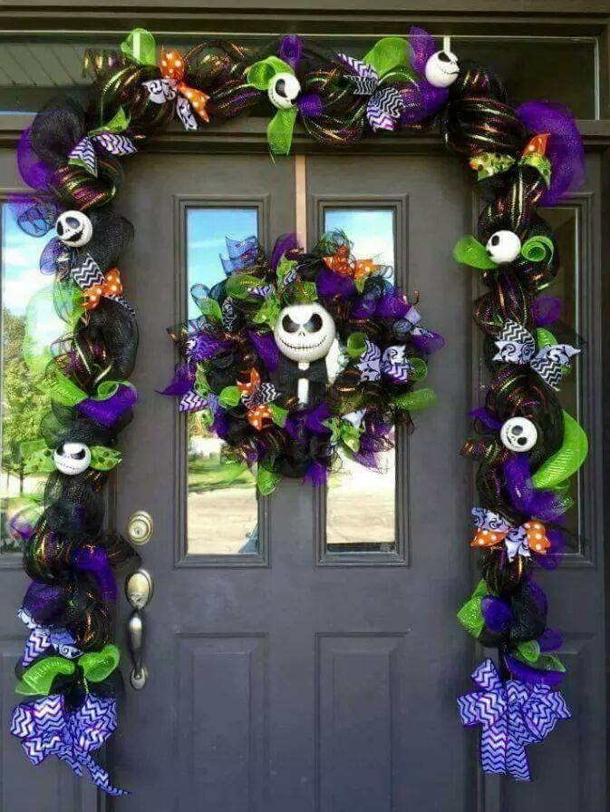 nightmare before christmas jack skellington entrywaythese are the best homemade halloween decorations - Halloween Christmas Decorations