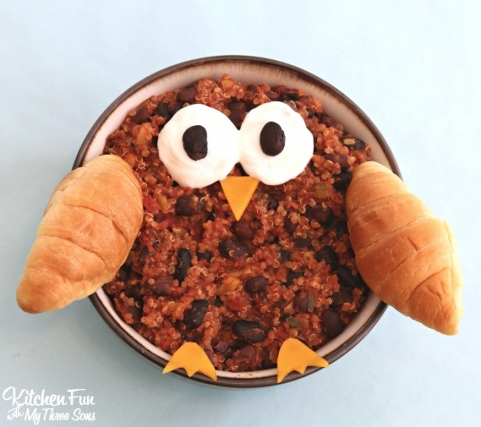 Owl Chili...a fun dinner for the Kids!