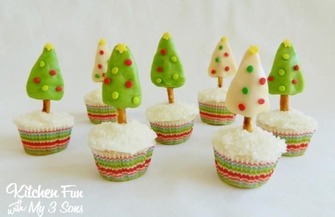 Christmas Tootsie Tree Cupcakes