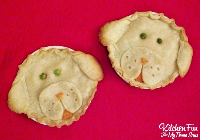 Puppy Pot Pies...a fun version of Chicken Pot Pie for the Kids!