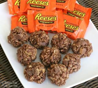 Reese's Cookies – No Bake Krispies