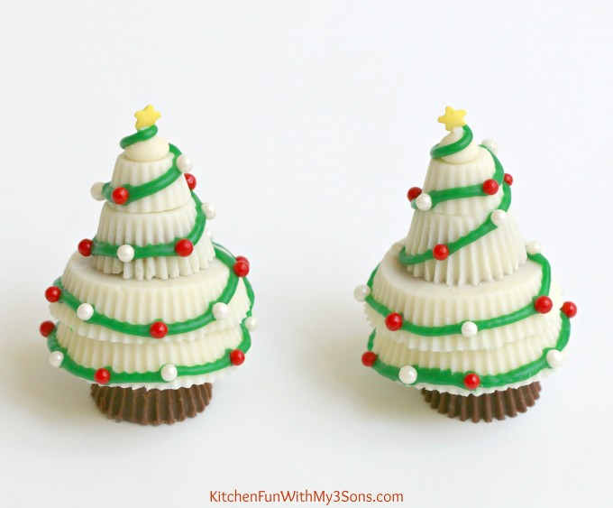 reeses peanut butter cup christmas treesthese are super easy fun - 3 Christmas Tree