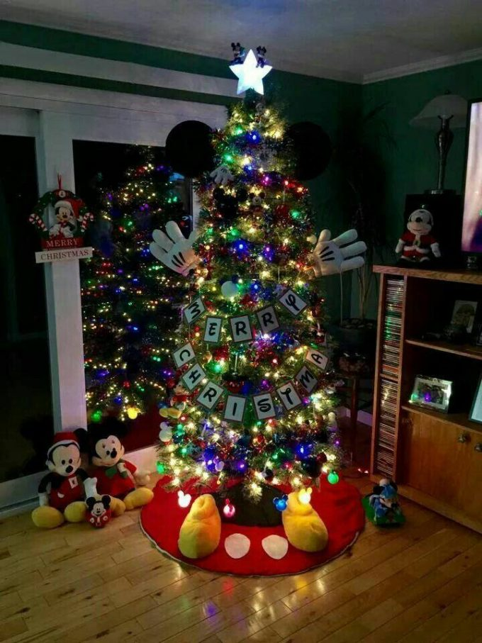 mickey mouse christmas treethese are the best christmas tree ideas