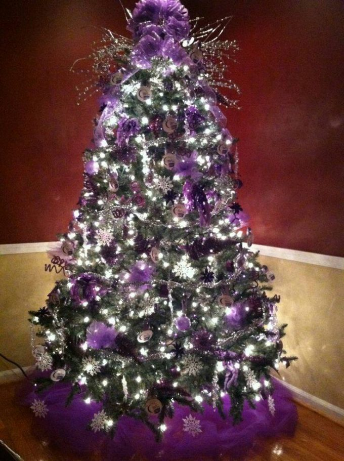 purple christmas treethese are the best christmas tree ideas