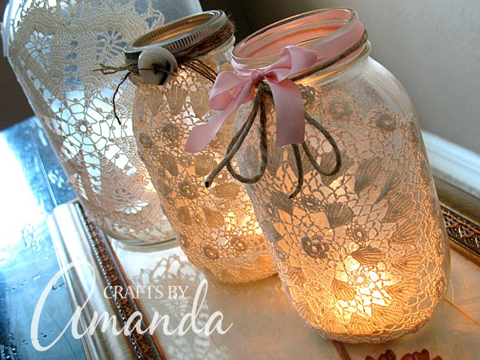 DIY Holiday Doily Lanterns... these are the BEST Christmas Mason Jar Ideas!