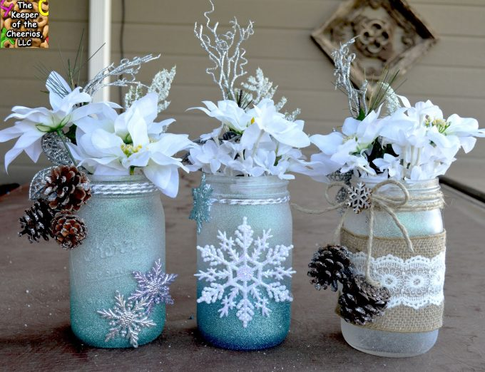 Winter Wonderland Mason Jars...these are the BEST Christmas Mason Jar Ideas!