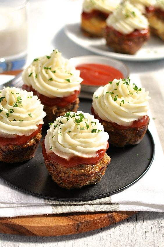Meatloaf Cupcakes - these are the BEST Muffin Tin Recipes for Kids!