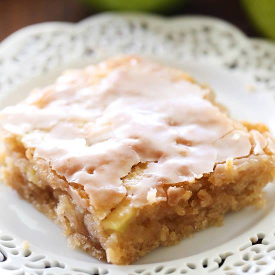 Caramel Apple Sheet Cake...these are the BEST Cake Recipes!
