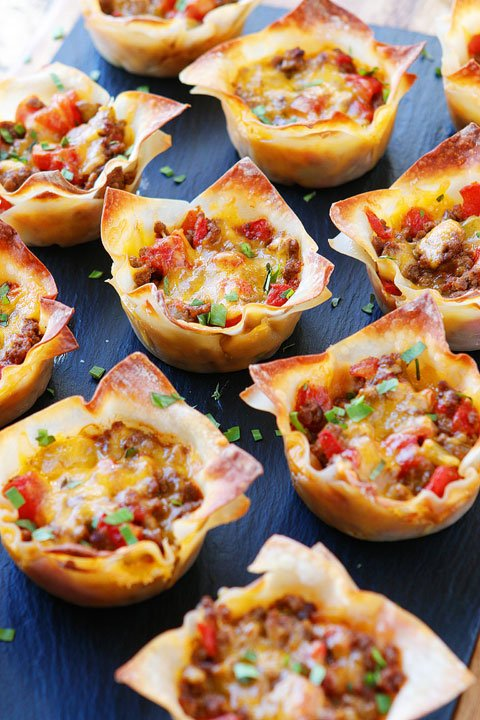 Crunchy Taco Cups - these are the BEST Muffin Tin Recipes for Kids!