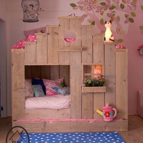 Ideal Pallet Playhouse Bunk Bed these are the BEST Bunk Bed Ideas