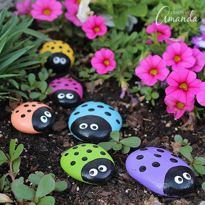 Painted Lady Bug Rocks....these are the BEST Rock Painting Ideas!