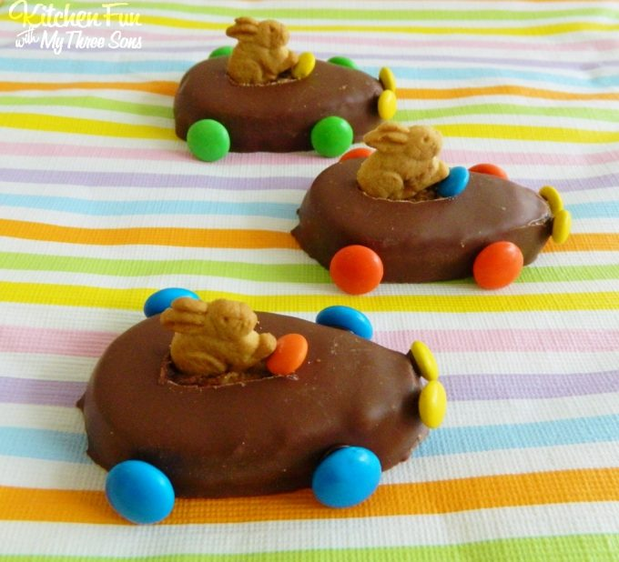 Easy Reese's Easter Bunny Race Cars