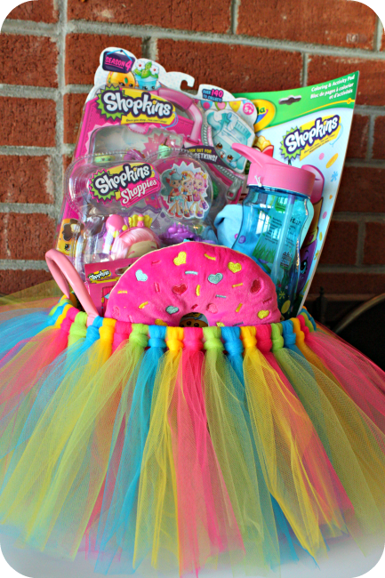 DIY Tulle Basket...these are the BEST Easter Basket Ideas!