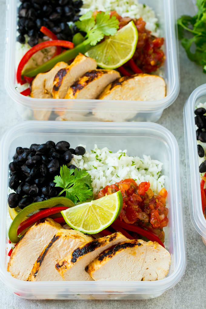 Chicken Fajita Meal Prep Bowls For Lunch Or A Delicious Family Dinner