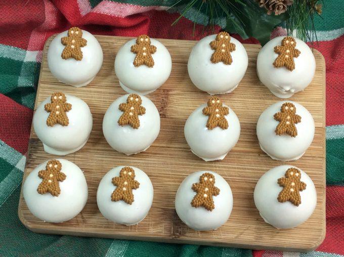 Oreo Cheesecake Gingerbread Balls