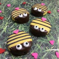 Love Bug Bumble Bee Oreos