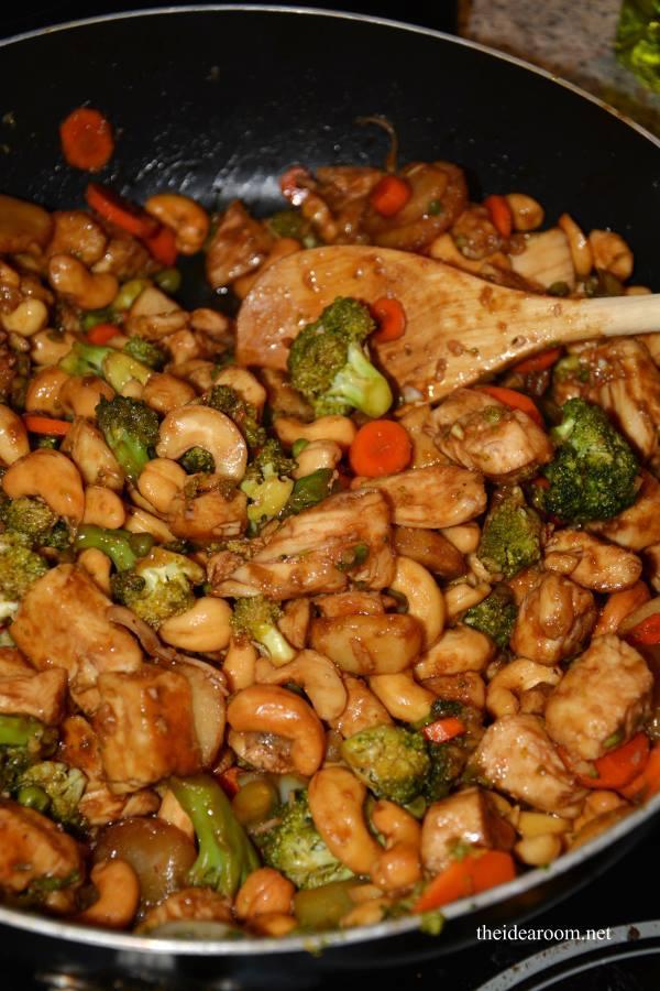 Crock-Pot Cashew Chicken