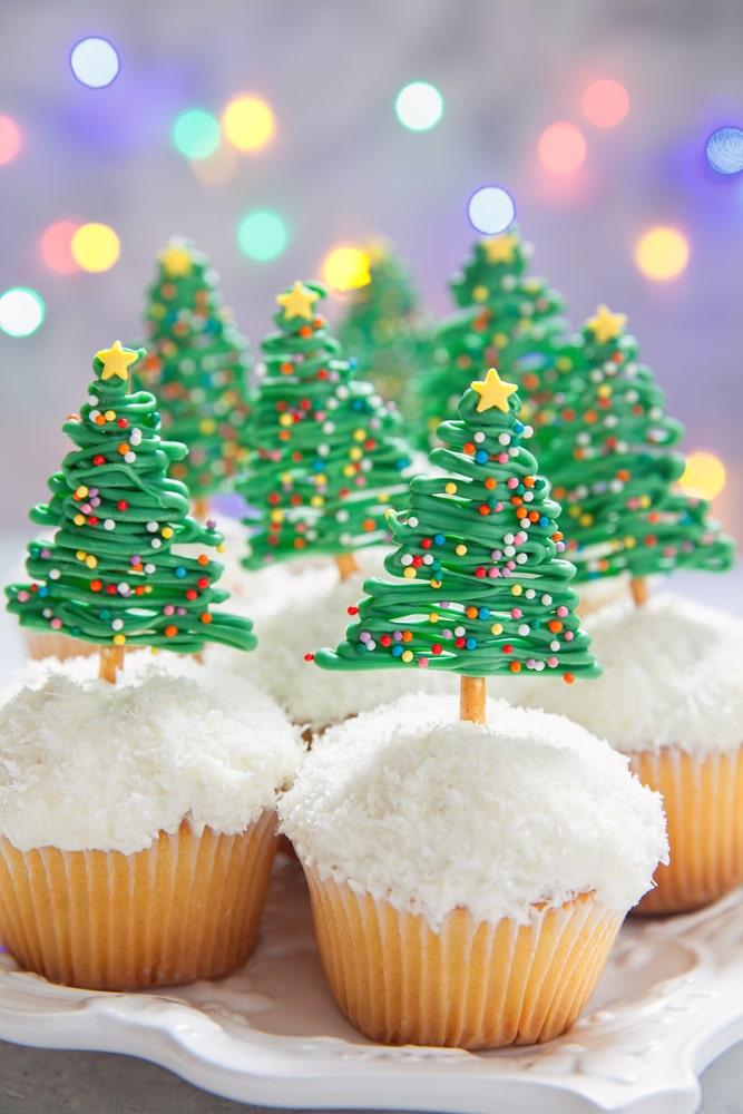 Chocolate Christmas Tree Pretzel Cupcakes