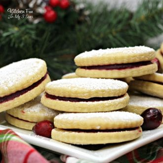 Cranberry Sandwich Cookies | Yummy Christmas cookie recipe