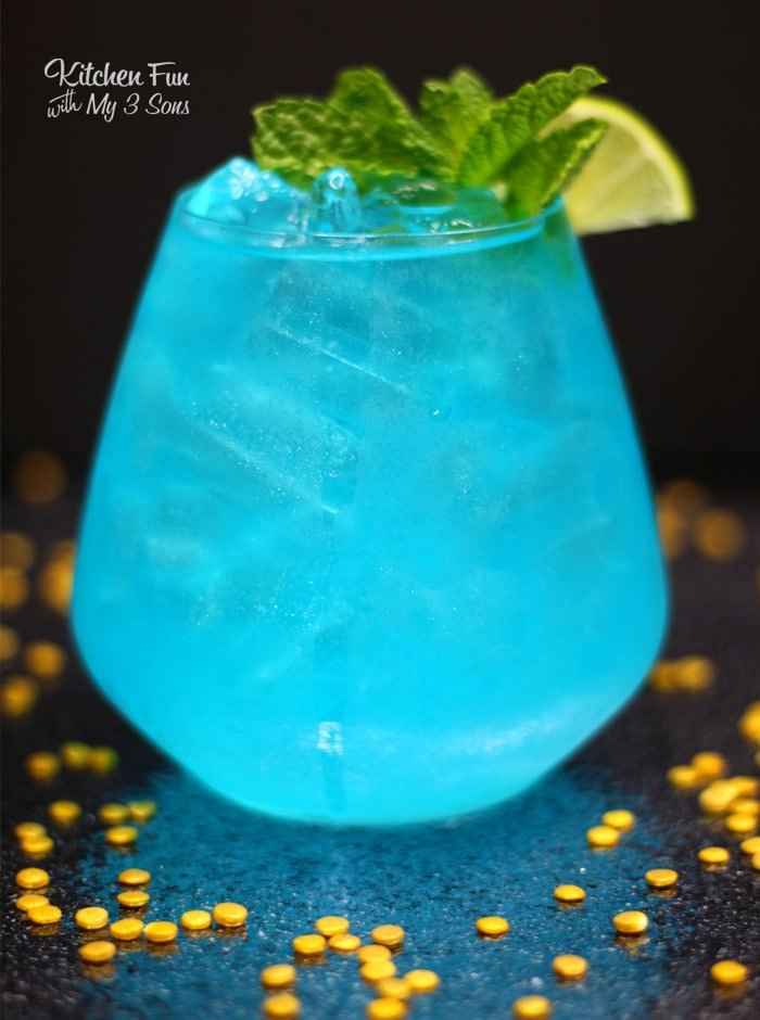 Wishmaker Aladdin Cocktail is a fruity drink recipe all the adults will love. If you remember the excitement of Aladdin coming out back in 1992, this cocktail is for you!