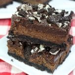 Hot Fudge Cheesecake Bars are an amazing dessert with a cream cheese filling and an Oreo crust. This is a chocolate lovers dream!